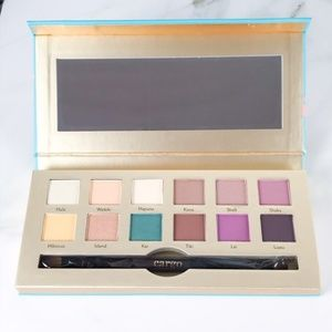 Cargo Summer Eyeshadow Palette
